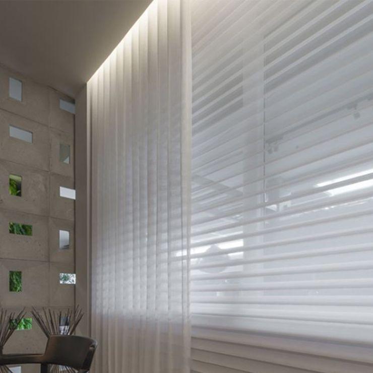 CASA COR ITAPEMA 2018 - Cozinha de Estar Spengler Decor Salas de estar modernas