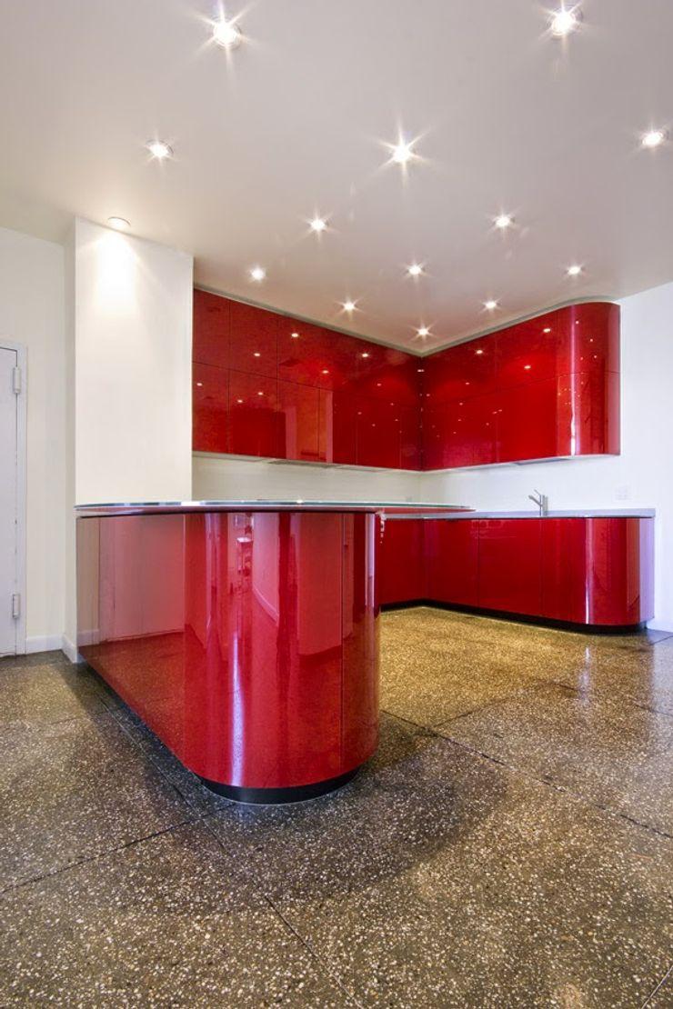 Estanterías y Gavetas Corporación Siprisma S.A.C CocinaEstanterías y gavetas Rojo