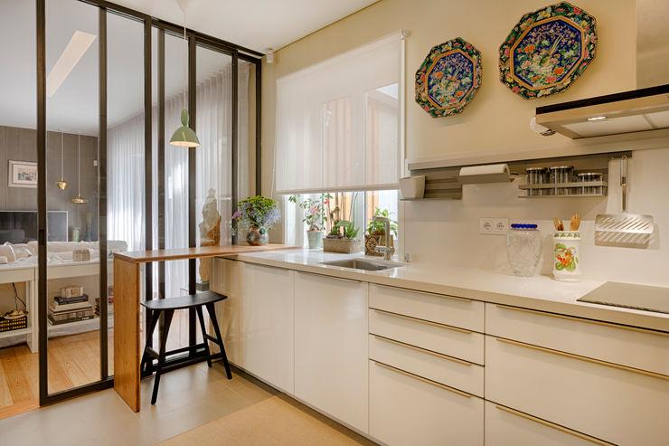 Cozinha - Moradia em Leça da Palmeira - SHI Studio Interior Design ShiStudio Interior Design Armários de cozinha