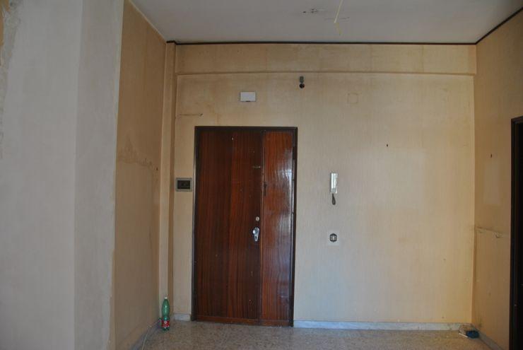 Antonella Petrangeli Eclectic corridor, hallway & stairs