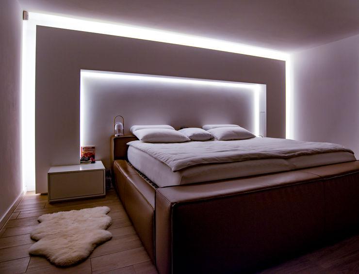 Stimmungsvolles Schlafzimmer Moreno Licht mit Effekt - Lichtplaner Kleines Schlafzimmer