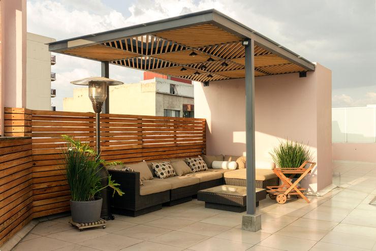 Pergola Boceto Arquitectos Paisajistas Balcones y terrazas modernos