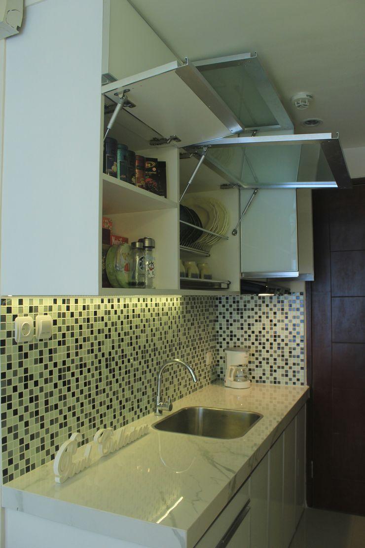POWL Studio КухняШафи і полиці