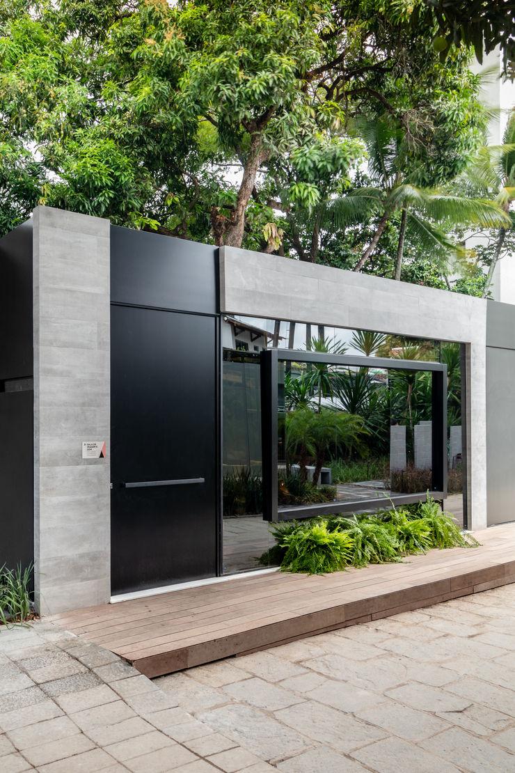 Sala da Imagem e do Som   Fachada Contemporânea   Casa Cor PE 2018 Arquitetura Sônia Beltrão & associados Casas unifamilares Betão Cinzento