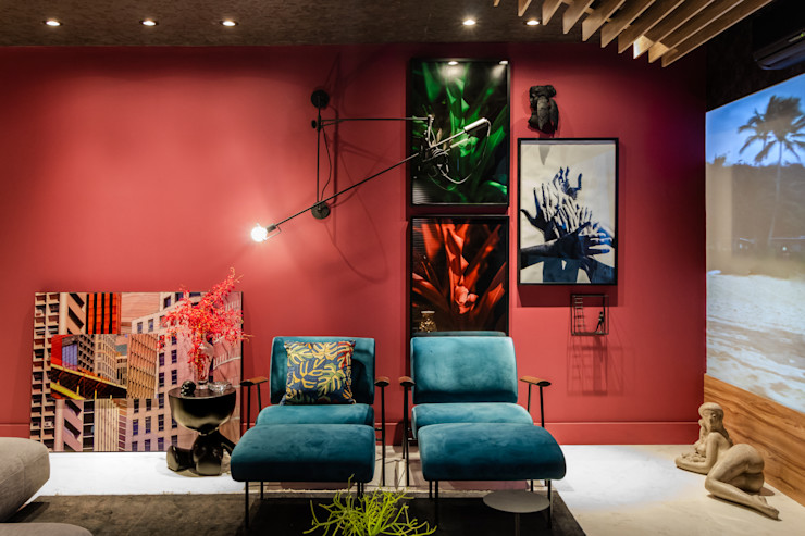Sala da Imagem e do Som   Casa Cor PE 2018  Design x Natureza Arquitetura Sônia Beltrão & associados Sala de estarAcessórios e Decoração Vermelho