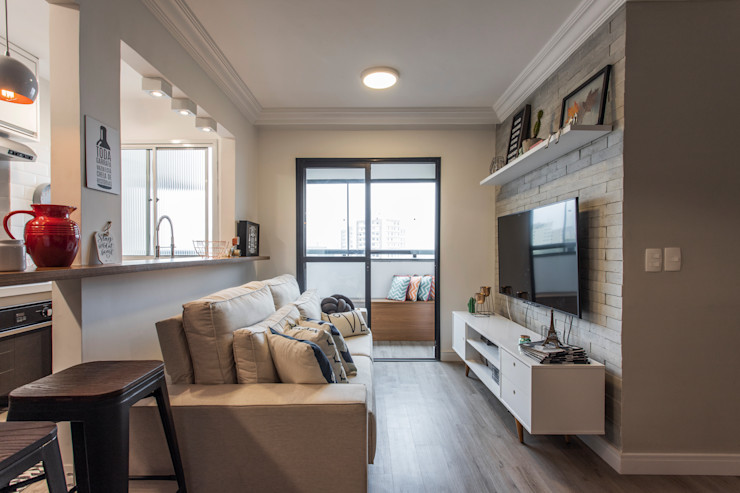 Sala de Televisão e Estar Integrada com a Cozinha e Sala de Jantar Studio Elã Salas de estar escandinavas Concreto Branco