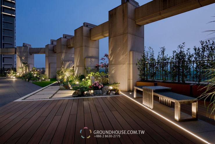 夜晚的景觀視覺更有氣氛 大地工房景觀公司 Tropical style balcony, veranda & terrace