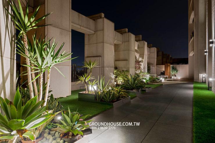 晚間時分的露臺庭院更有情調 大地工房景觀公司 Tropical style balcony, veranda & terrace