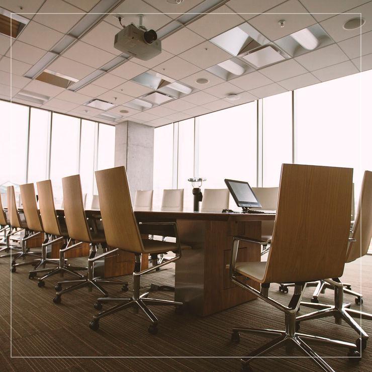Mesas de Conferencias o reuniones Corporación Siprisma S.A.C EstudioEscritorios