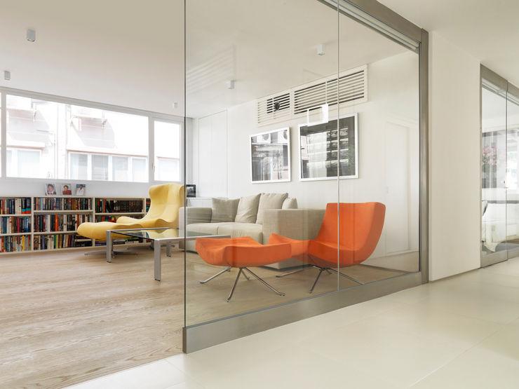 Original Vision Sala multimediale minimalista