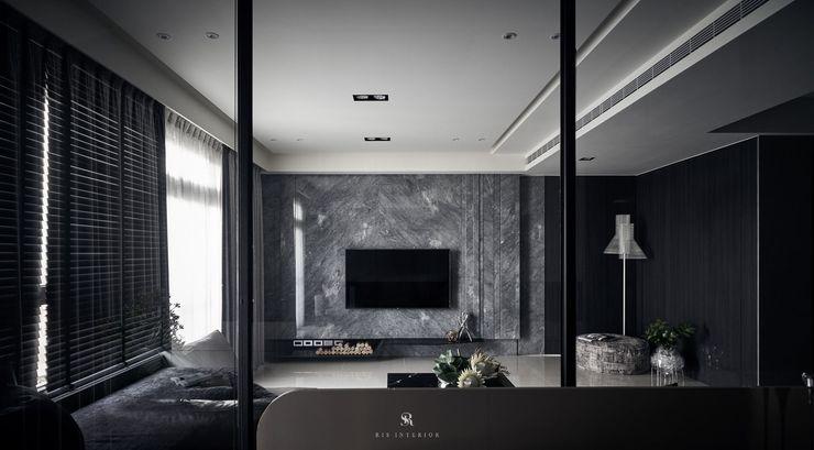 霏霧.烟波 Fog Floated 理絲室內設計有限公司 Ris Interior Design Co., Ltd. 客廳電視櫃