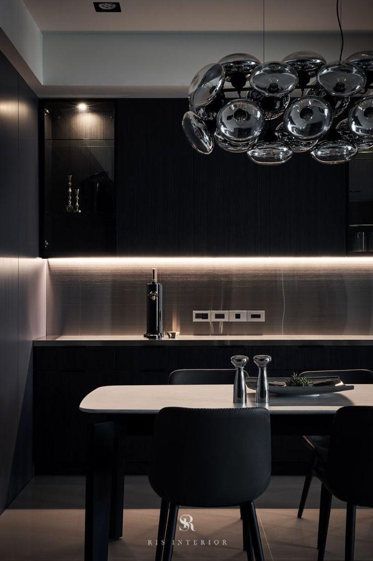 霏霧.烟波 Fog Floated 理絲室內設計有限公司 Ris Interior Design Co., Ltd. 餐廳櫥櫃