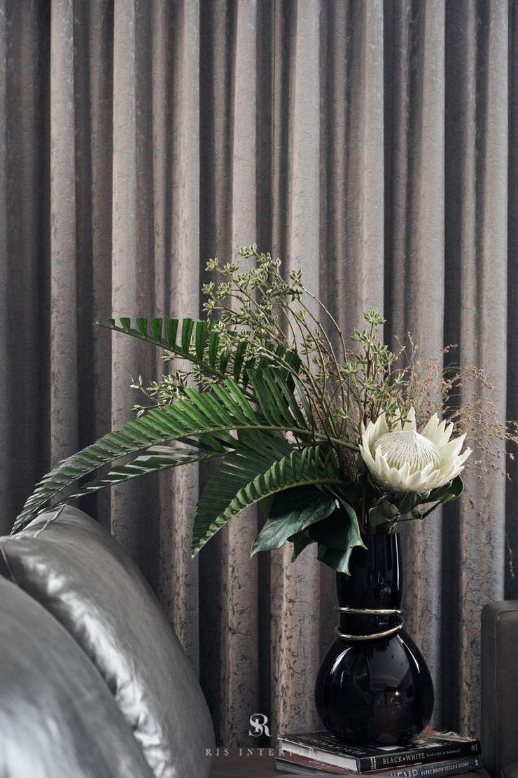 霏霧.烟波 Fog Floated 理絲室內設計有限公司 Ris Interior Design Co., Ltd. 客廳配件與裝飾品
