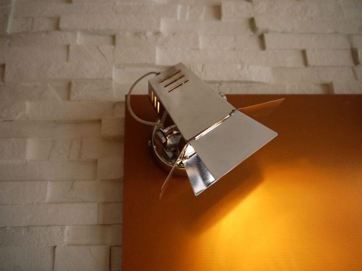 MIINT - design d'espace & décoration Offices & stores Brown