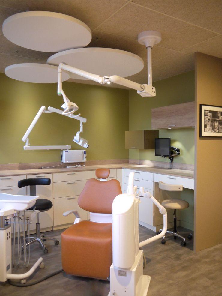 Cabinet Dentaire Chollet MIINT - design d'espace & décoration Cliniques originales Vert