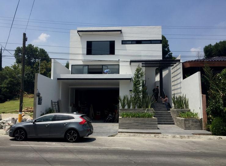 GIL+GIL Einfamilienhaus Beton Weiß