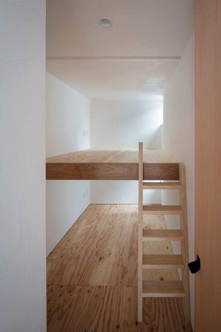 arbol Minimalist bedroom