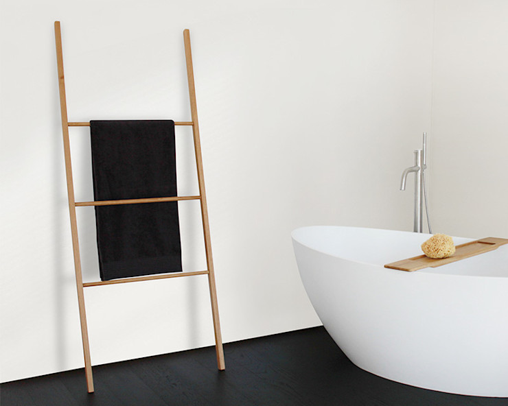 Badeloft - Badewannen und Waschbecken aus Mineralguss und Marmor BathroomTextiles & accessories Wood