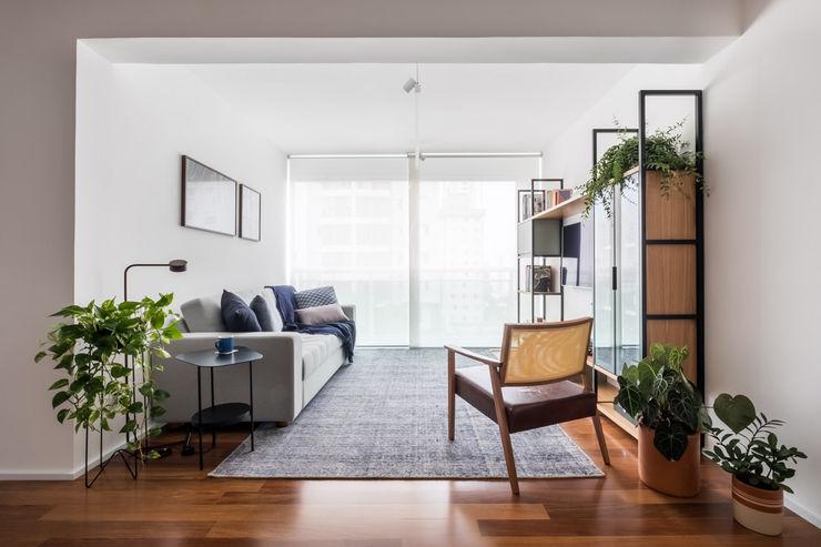 INÁ Arquitetura Salas de estar minimalistas