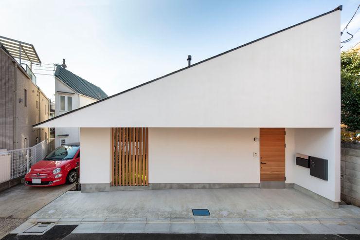 遠藤誠建築設計事務所(MAKOTO ENDO ARCHITECTS) 스칸디나비아 주택 화이트