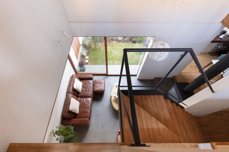 遠藤誠建築設計事務所(MAKOTO ENDO ARCHITECTS) 계단 화이트