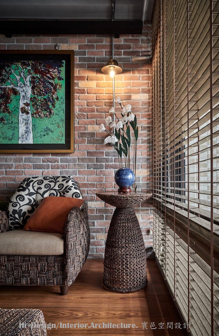 客廳一角 Hi+Design/Interior.Architecture. 寰邑空間設計 Living roomAccessories & decoration Bricks