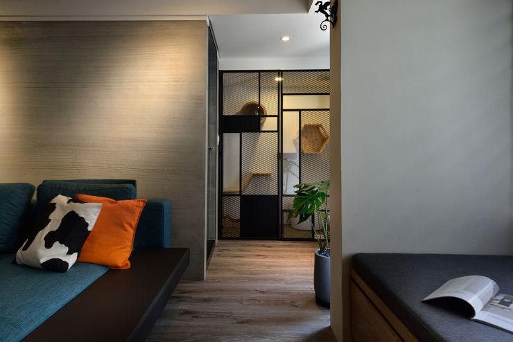星葉室內裝修有限公司 industrial style corridor, hallway & stairs Metal