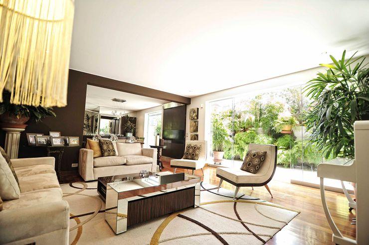 ORGANICA ARQUITECTURA Salones de estilo moderno