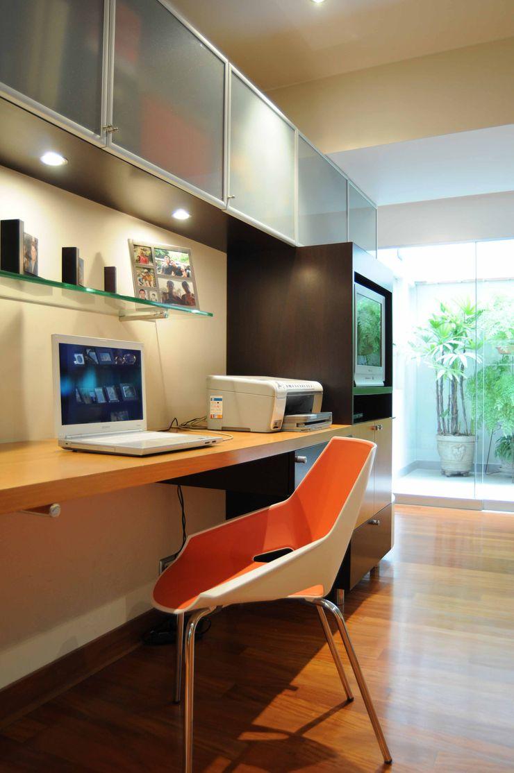 ORGANICA ARQUITECTURA Estudios y despachos de estilo moderno