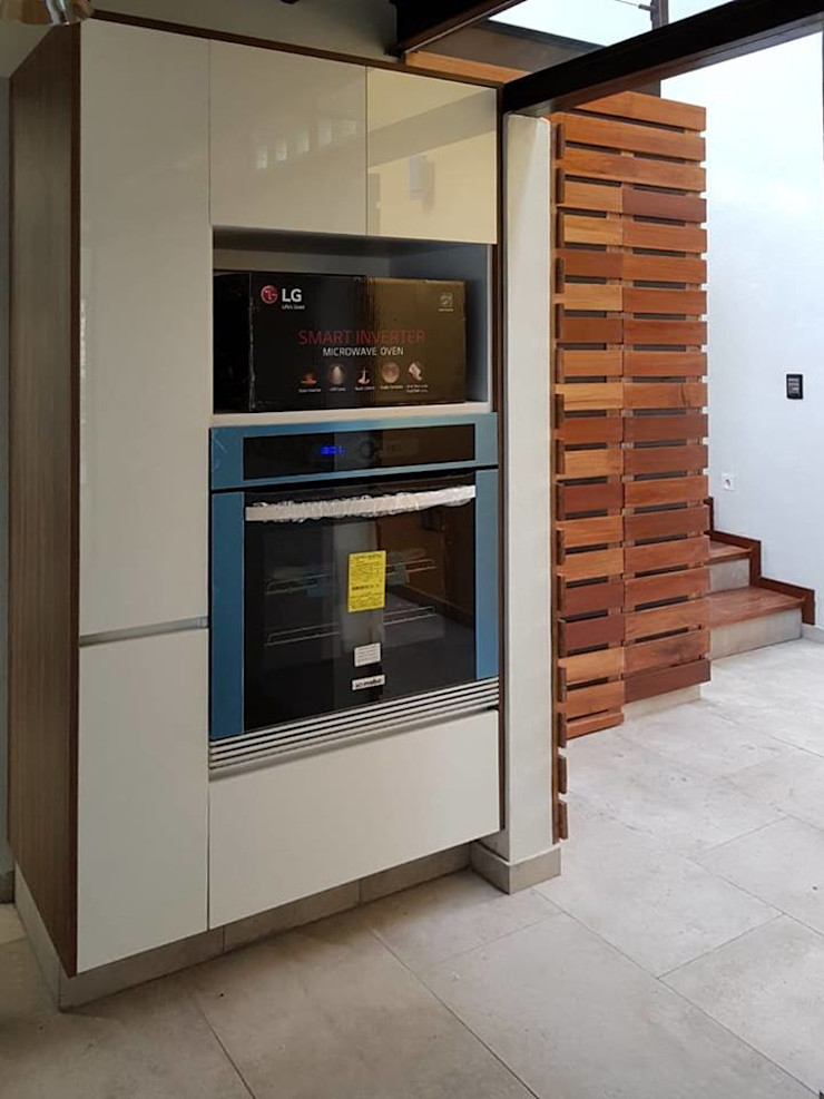 Brenno il mobile Built-in kitchens Wood Multicolored