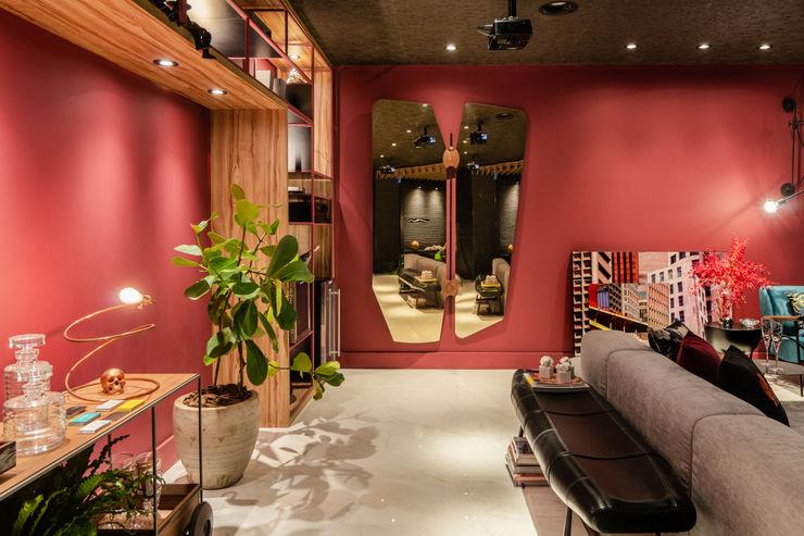 Sala da Imagem e do Som   Espelho  Casa Cor PE 2018   Design Arquitetura Sônia Beltrão & associados Produtos eletrónicos Madeira Multicolor