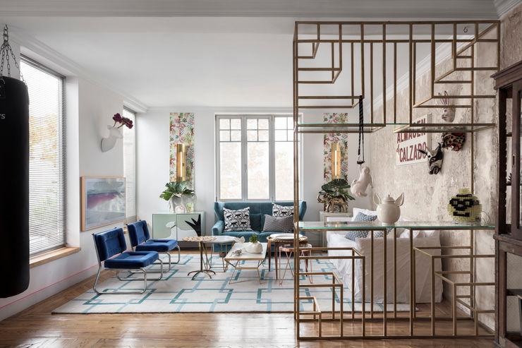 Diseño y decoración de un salón moderno en Madrid Guille Garcia-Hoz, interiorismo y reformas en Madrid Salones de estilo moderno Madera Blanco