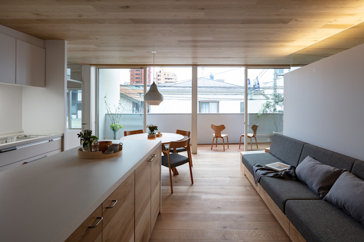 hm+architects 一級建築士事務所 Modern Living Room Wood Wood effect