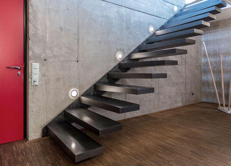 Eingangsbereich zon Eichen - Handwerk und Interior Treppe