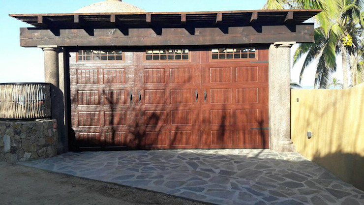 ESLAP PUERTAS AUTOMATICAS Garage Doors Metal Wood effect