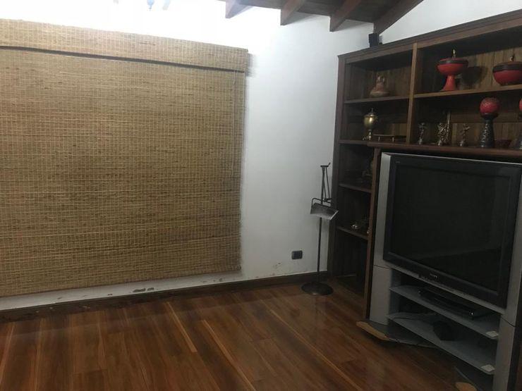 CIENTO ONCE INMOBILIARIA Rustikale Wohnzimmer