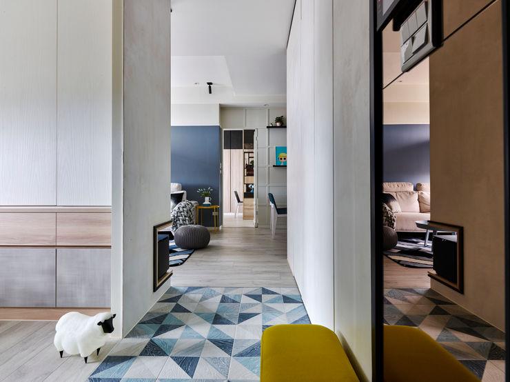 耀昀創意設計有限公司/Alfonso Ideas Pasillos, vestíbulos y escaleras escandinavos