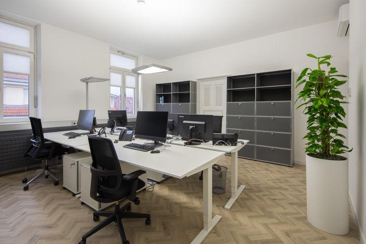 Arbeitsplätze Kaldma Interiors - Interior Design aus Karlsruhe