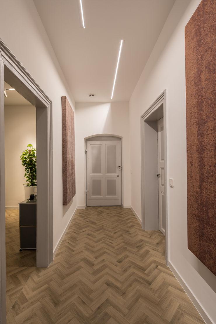 Altbau Flurzone Kaldma Interiors - Interior Design aus Karlsruhe