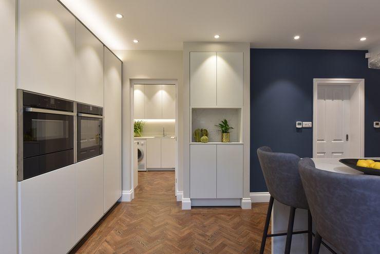 Mr & Mrs Tennant Diane Berry Kitchens Built-in kitchens Quartz White