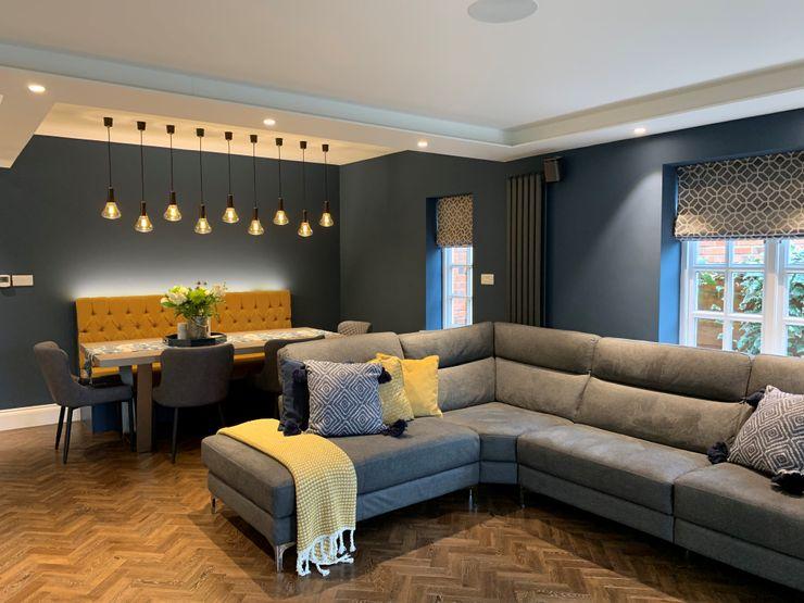 Mr & Mrs Tennant Diane Berry Kitchens Modern living room Engineered Wood Amber/Gold
