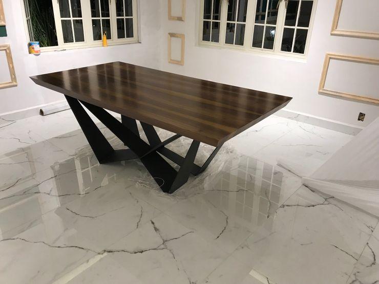UP-A mobiliario por Jorge Torres y Mariana Verdiguel EetkamerTafels