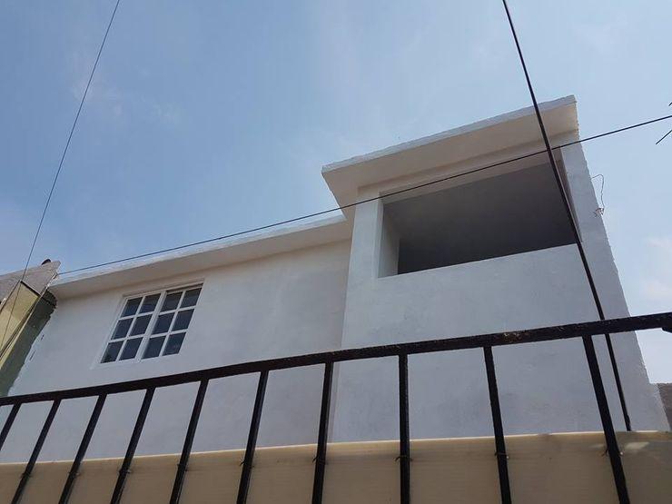 8 AM INGENIERIA Modern windows & doors