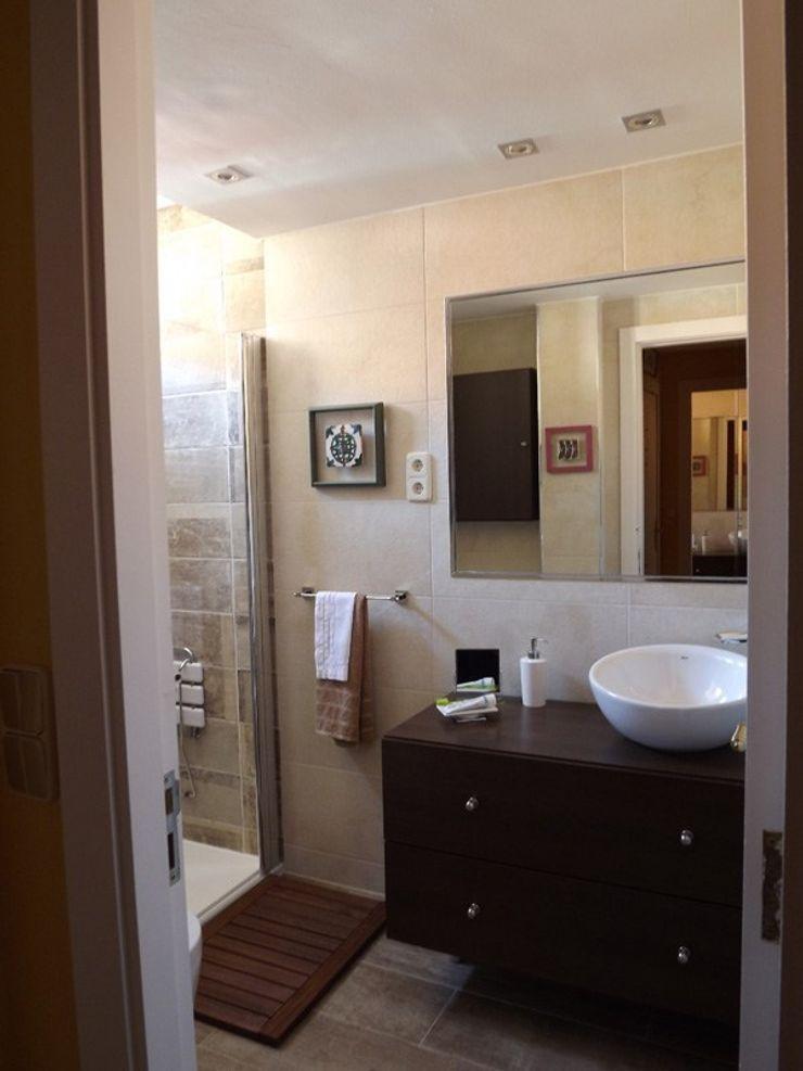 Reforma y ampliación de un baño en Madrid Almudena Madrid Interiorismo, diseño y decoración de interiores Baños de estilo moderno