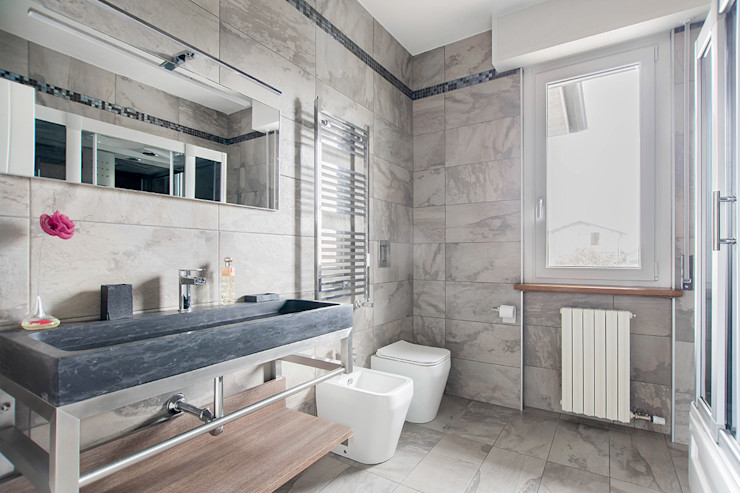 Ristrutturazione appartamento di 100 mq a Bariano, Bergamo Facile Ristrutturare Bagno moderno