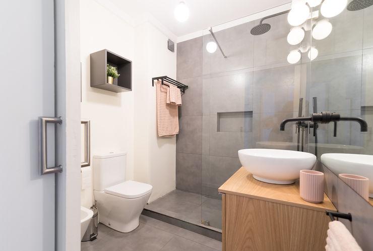Rima Design Baños de estilo escandinavo