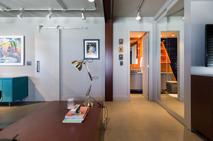 Bloco Z Arquitetura Modern Corridor, Hallway and Staircase