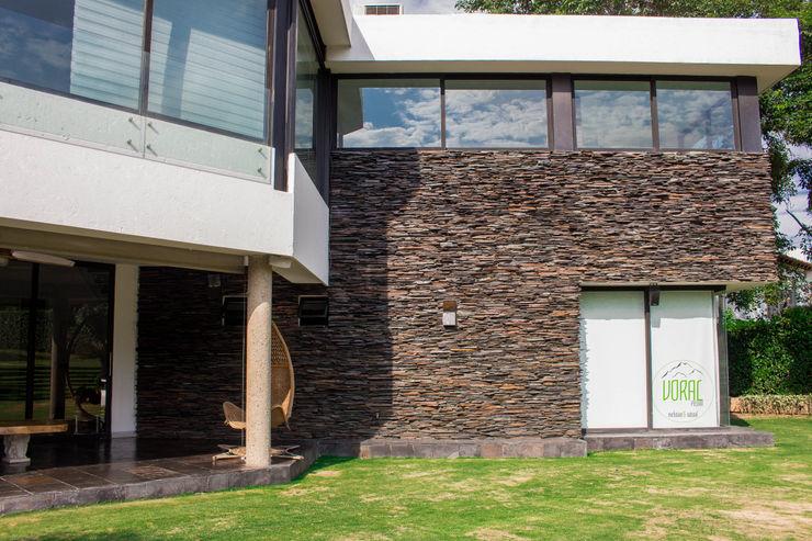 Voral Piedra Country house Stone Black