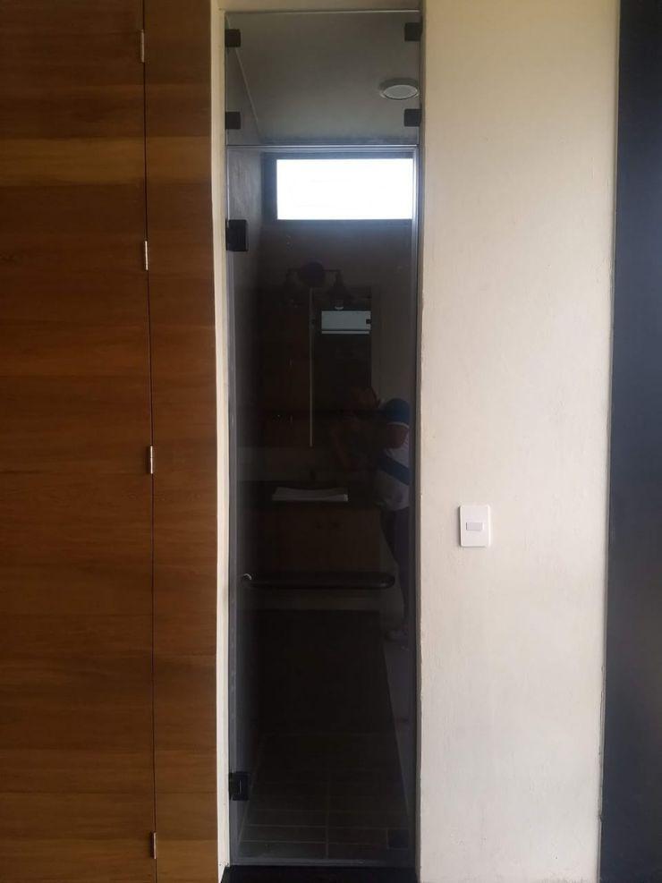 vertikal Modern bathroom