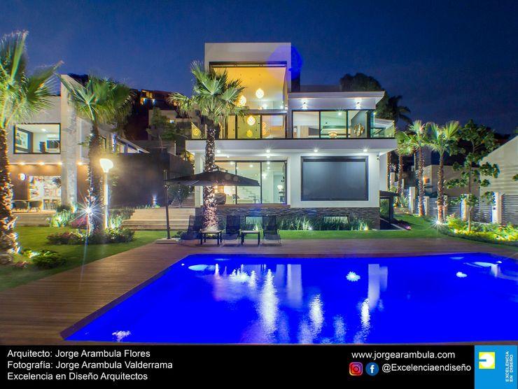 Casa La Nogalera Excelencia en Diseño Albercas de jardín Azul